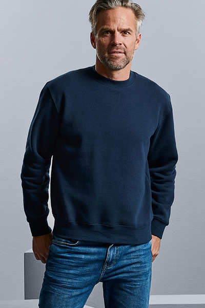 CLASSIC SET-IN SLEEVE SWEATSHIRT