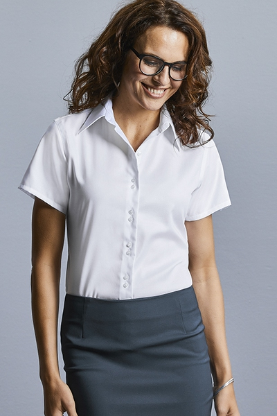 LADIES SHORT SLEEVE TAILORED ULTIMATE NON-IRON SHIRT